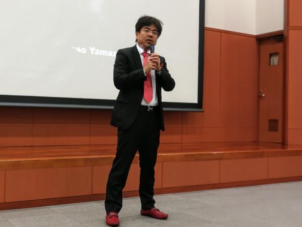 川口孝支部長の開会挨拶にて講演会がスタートしました