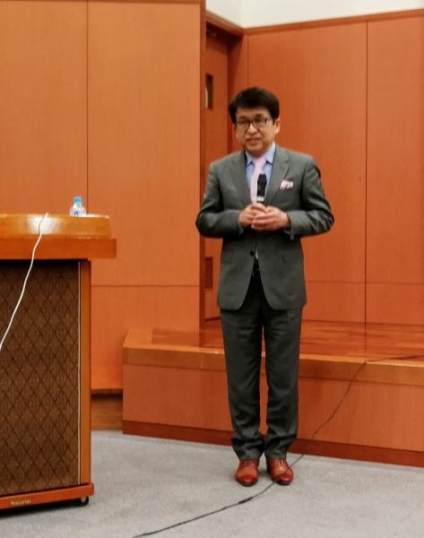 午前中の最後には2020年11月に広島市で予定されている合同例会の紹介ムービーが上映され、広島支部支部長の齋藤誠先生みずからご案内いただきました。