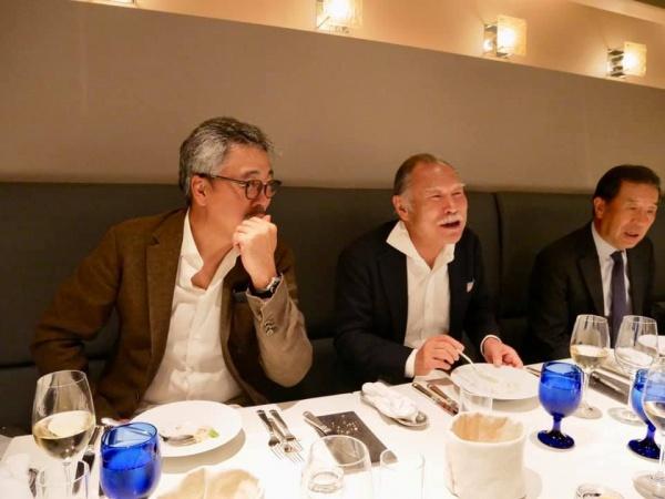 勉強会後は講師宿泊のホテルに移動し、フランス料理で会食へ。